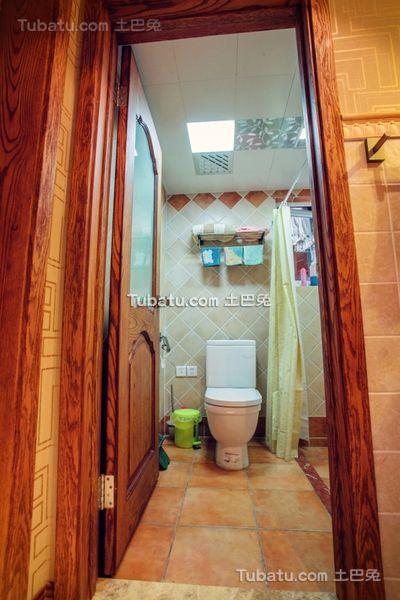 现代家庭卫生间设计装修效果图片