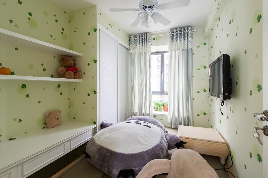 家装温馨地中海风格三居室设计效果图片