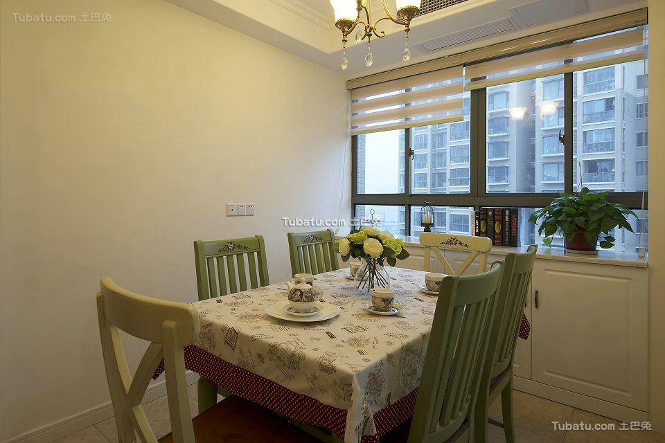 美式小户型设计室内餐厅图片