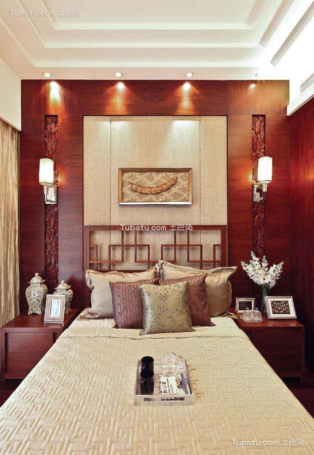 豪华现代中式卧室布置
