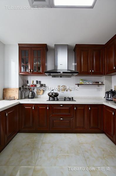 新中式实木厨房设计