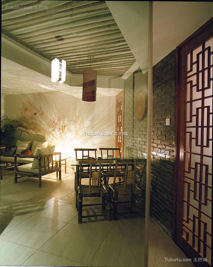 昏黄复古中式格调餐厅
