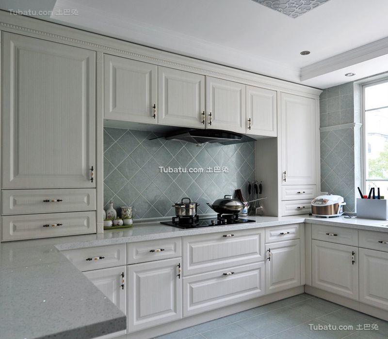 简欧风格室内厨房设计装修效果图片