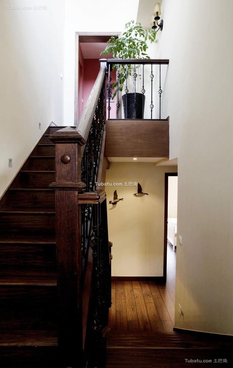 欧式古典复式家装楼梯图片