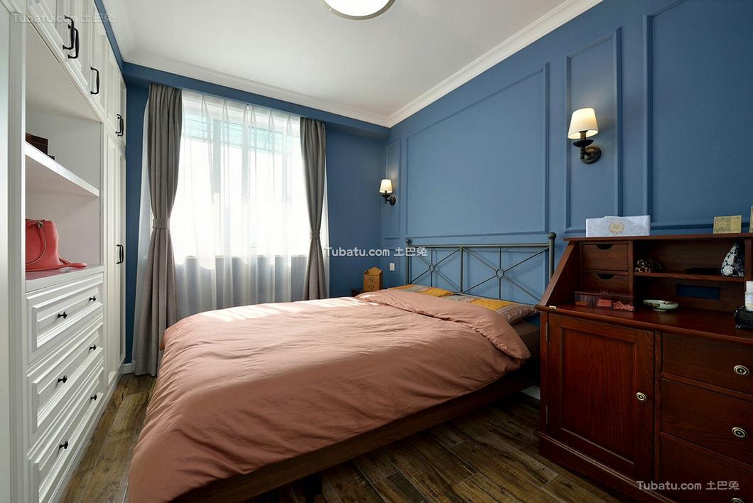 美式设计卧室装修效果图