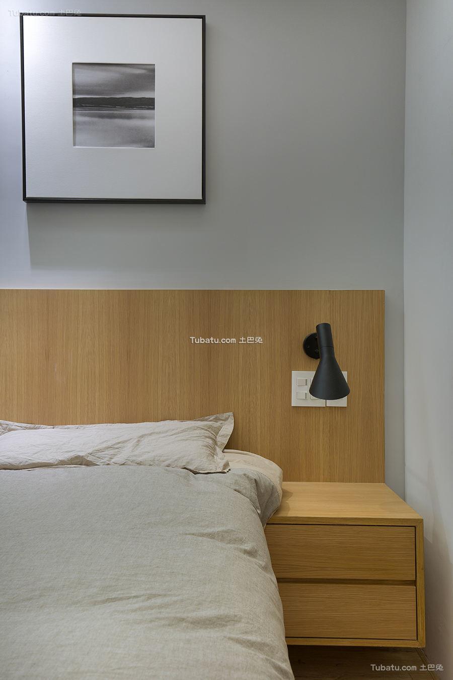 简约现代床头柜设计装修图片