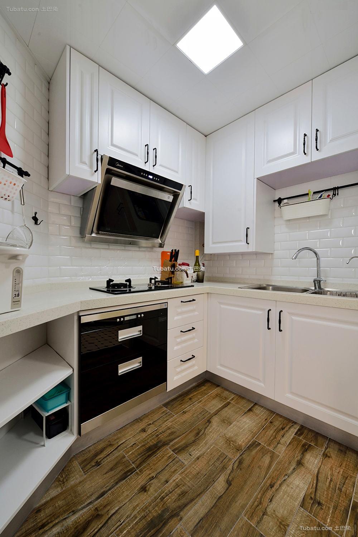 美式设计装修厨房效果图欣赏