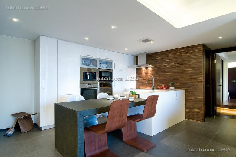 现代时尚餐厨房一体设计