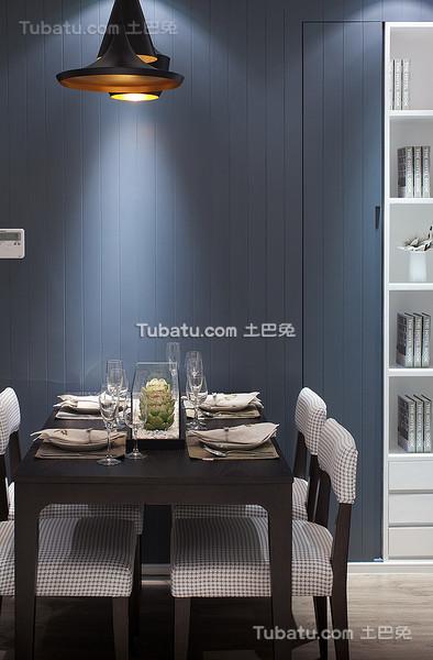 现代时尚暗蓝色餐厅设计