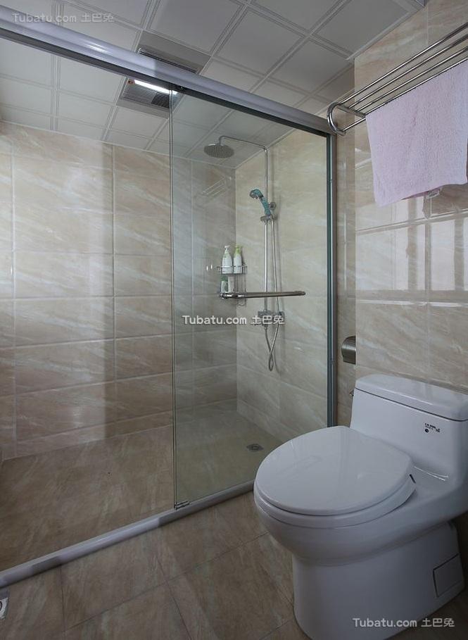 现代风格设计卫生间室内装修效果图片