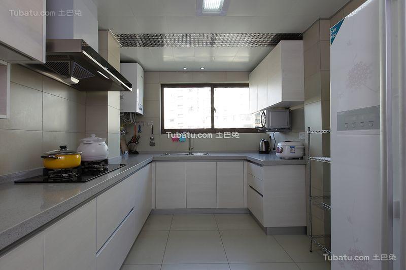 现代简约室内厨房设计装修效果图欣赏