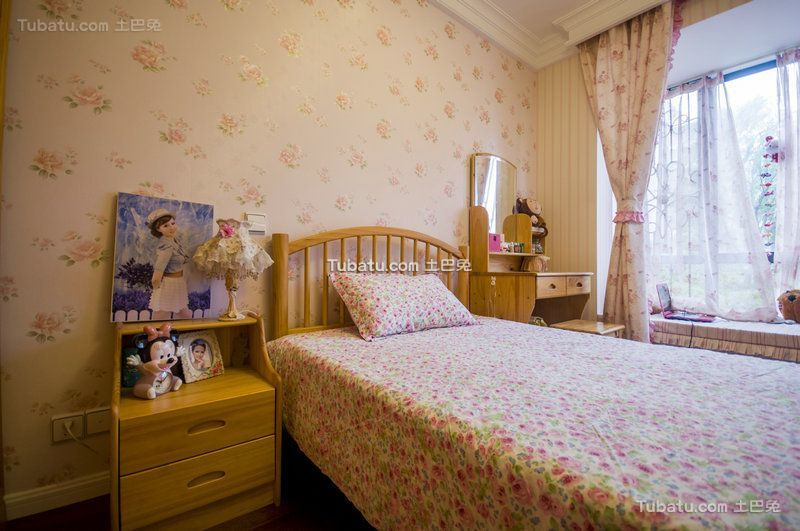 田园风格设计儿童房装修案例图片