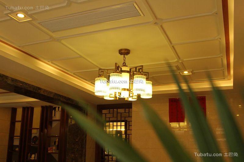 新中式风格设计家居吊顶效果图片