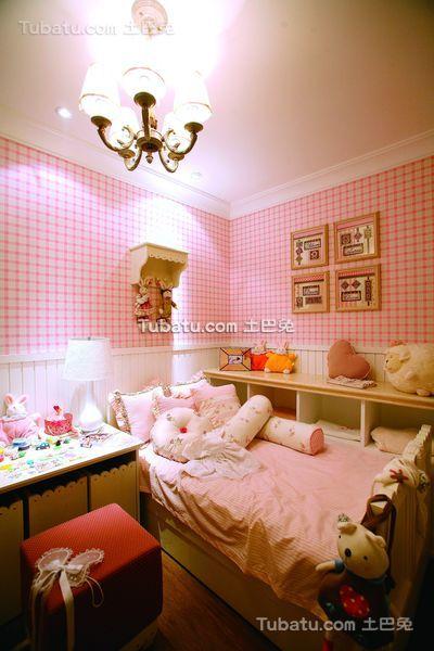 可爱粉色田园儿童房装饰