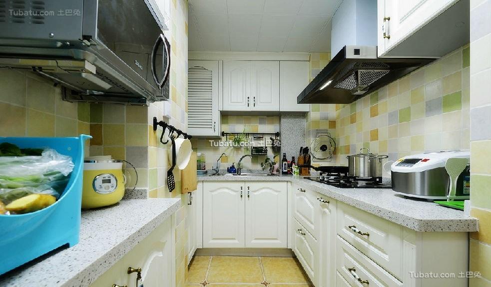 蓝色阳光地中海厨房设计