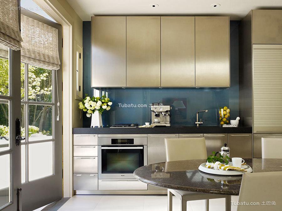 三居室厨房效果图
