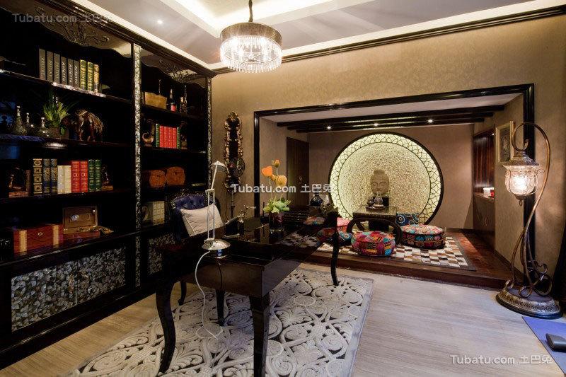 传统的东南亚风格家装书房效果图