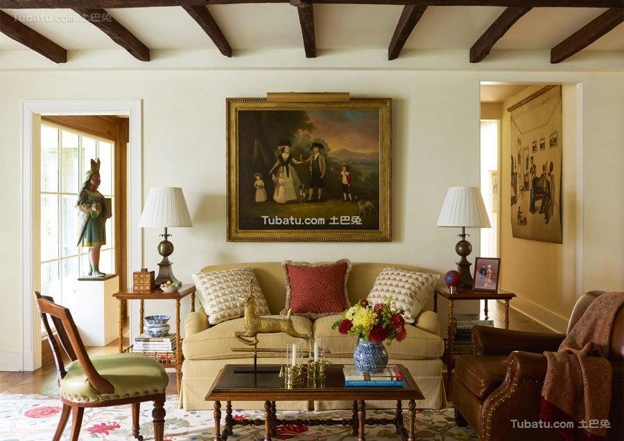 东西方结合四居室沙发背景墙效果图