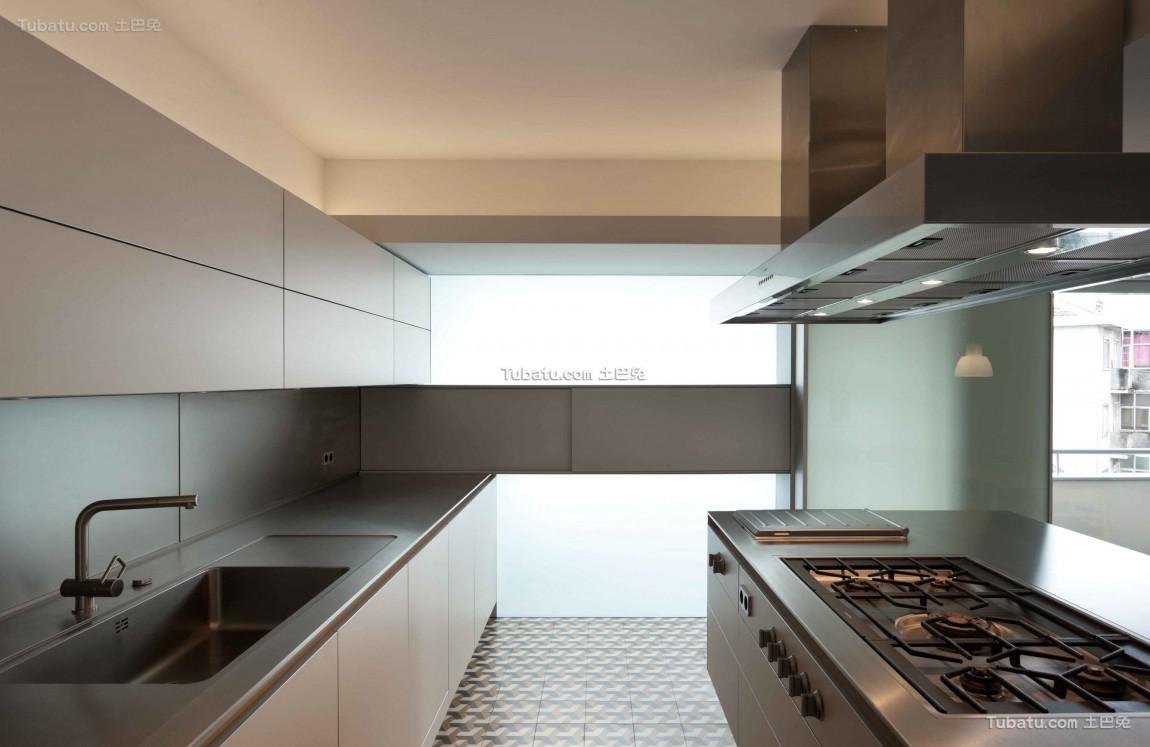 现代复式楼家装厨房效果图