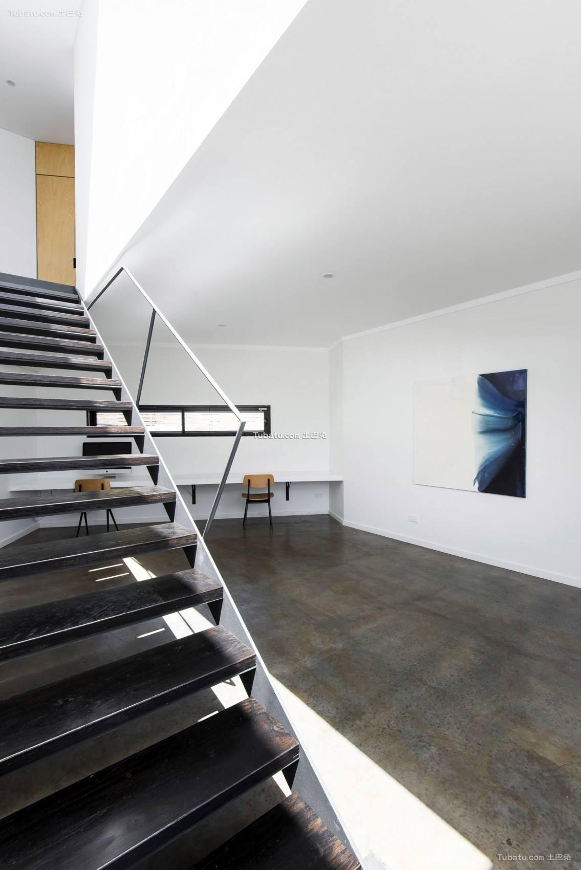 宽敞复式家装楼梯效果图