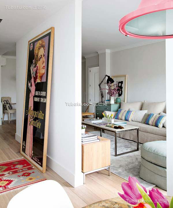 花香四溢的田园风格家装客厅效果图