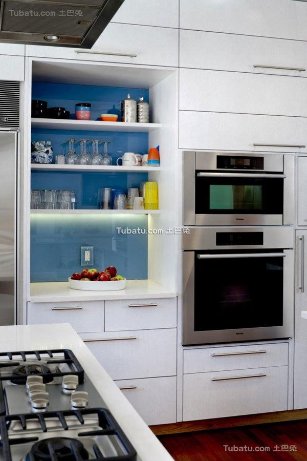 简约风格住宅橱柜效果图