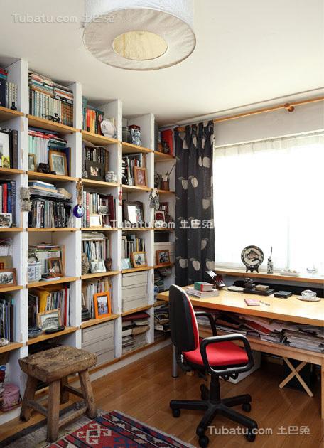 时尚风小户型家装书房效果图