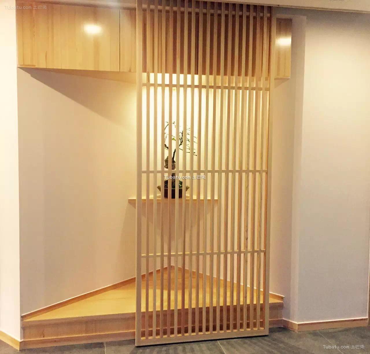 原木日式风格家装玄关效果图