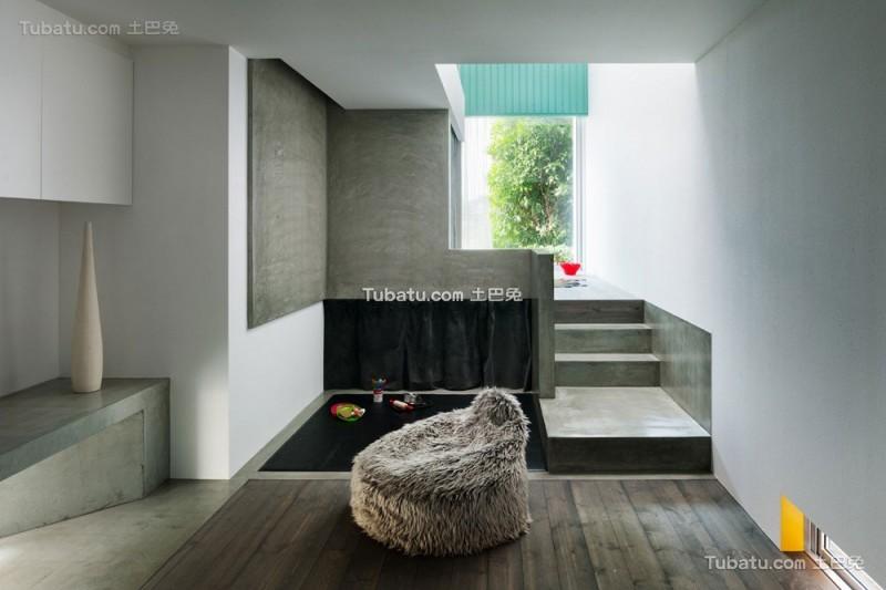 日式简约风格住宅楼梯设计效果图
