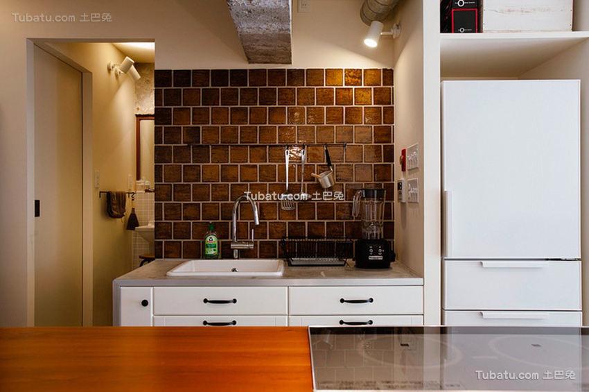 日式公寓家装厨房效果图