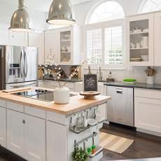白净厨房图片设计