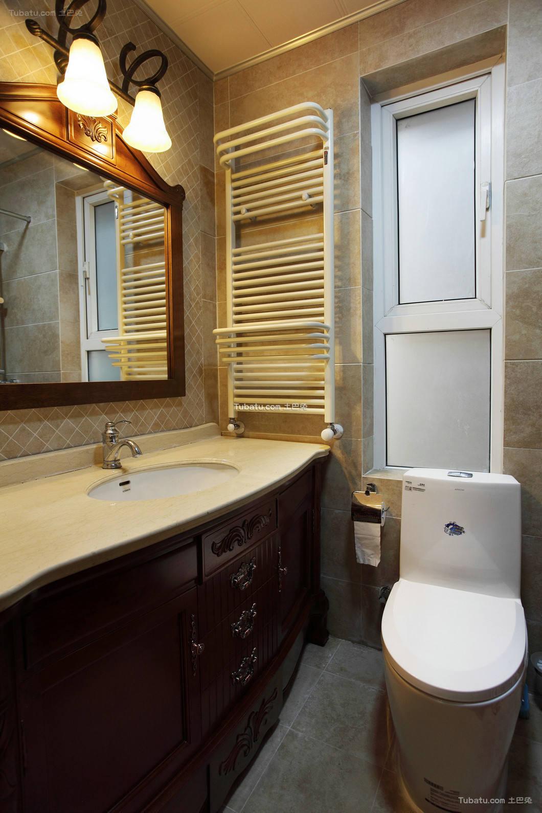 细雨之夏复式家装卫生间效果图