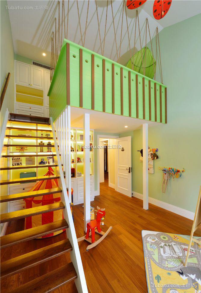香草色欧式楼梯设计