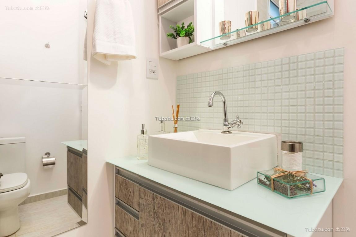 美式现代家装卫浴设计