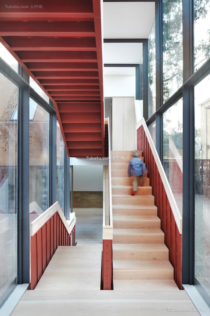 简约现代居家楼梯设计