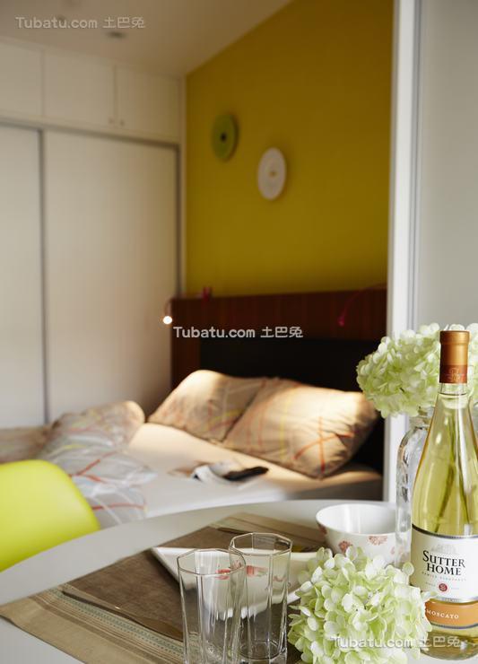 现代风卧室装修图设计