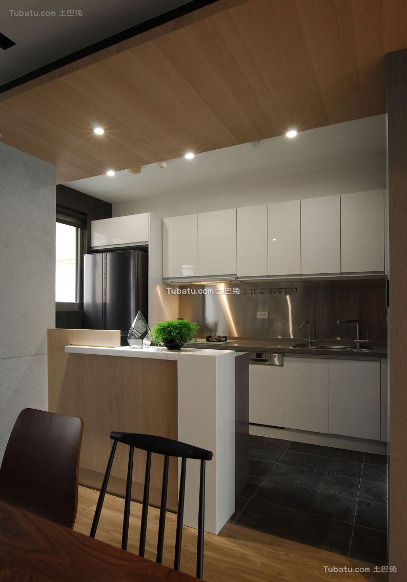 现代风厨房装修图设计