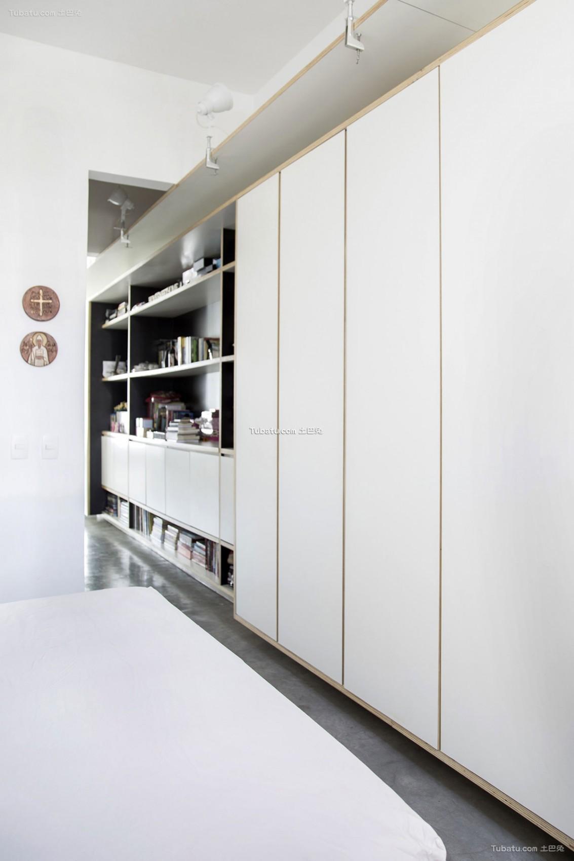 时尚现代风衣柜设计