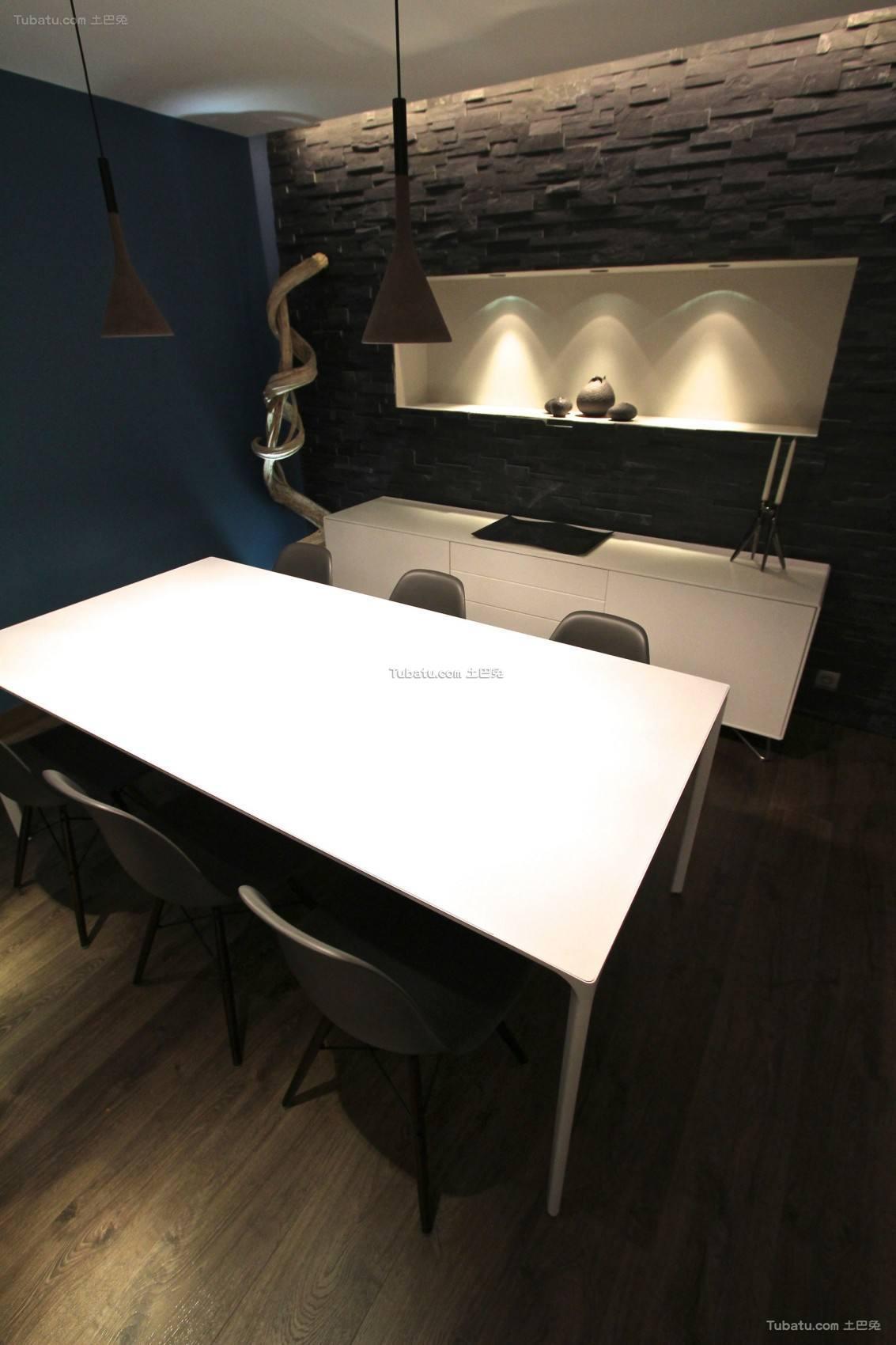 现代餐桌2