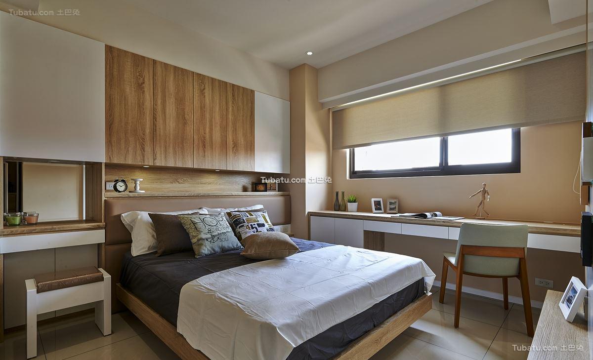 家居现代风卧室装修图