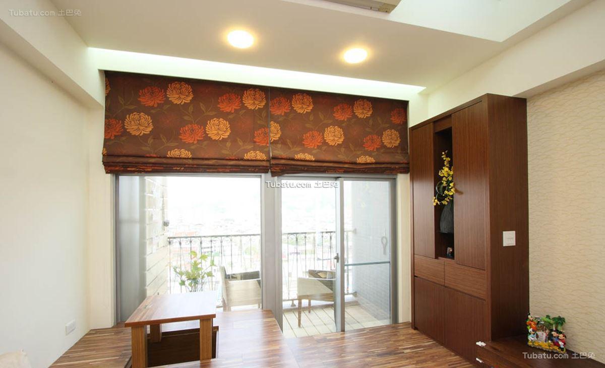 家居日式窗帘设计