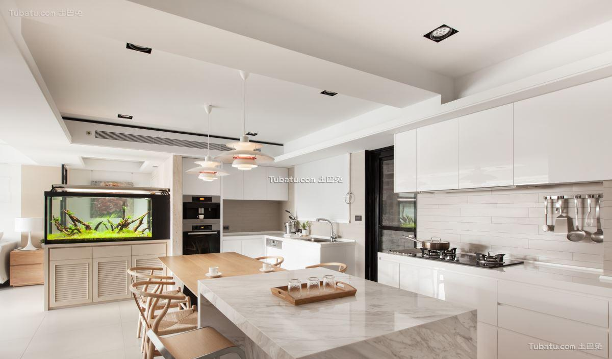 家装简约风厨房设计