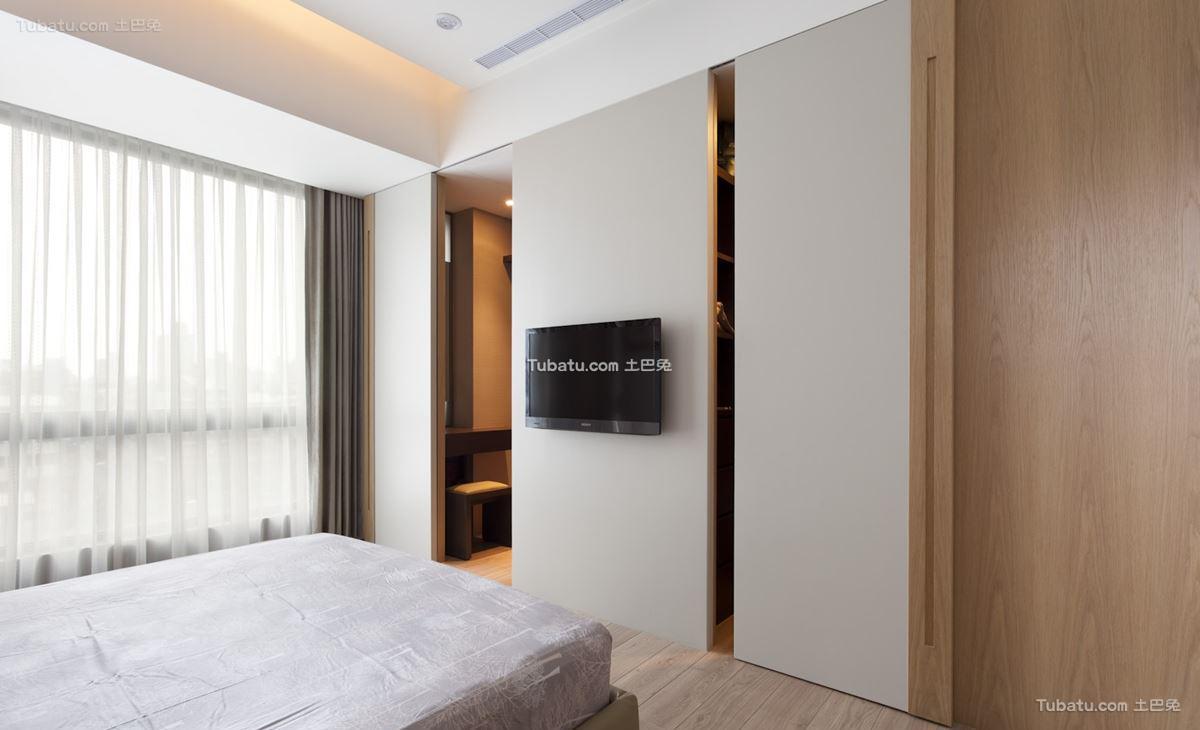 家居现代风格隐形门设计