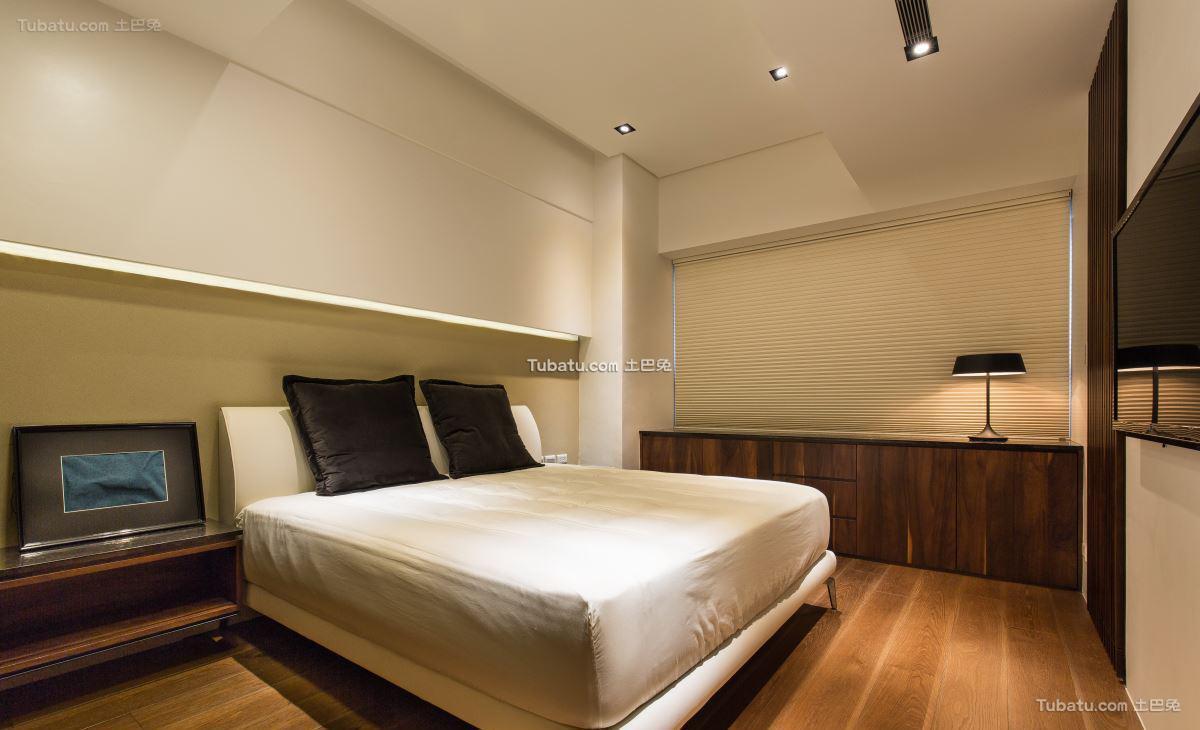 现代风居家卧室设计图