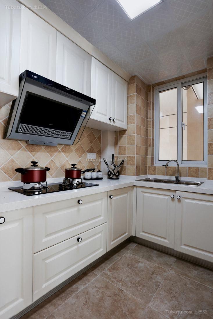 美式清新家装厨房效果图