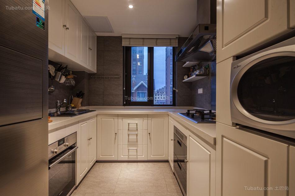 精致狭长空间厨房装修效果图