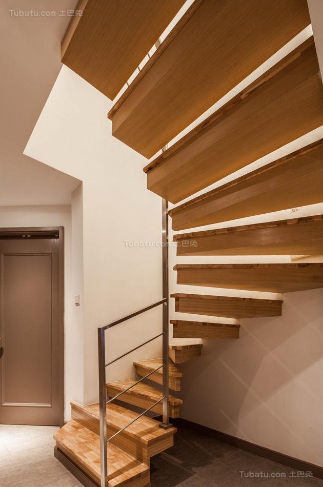 实木创意设计楼梯装修效果图