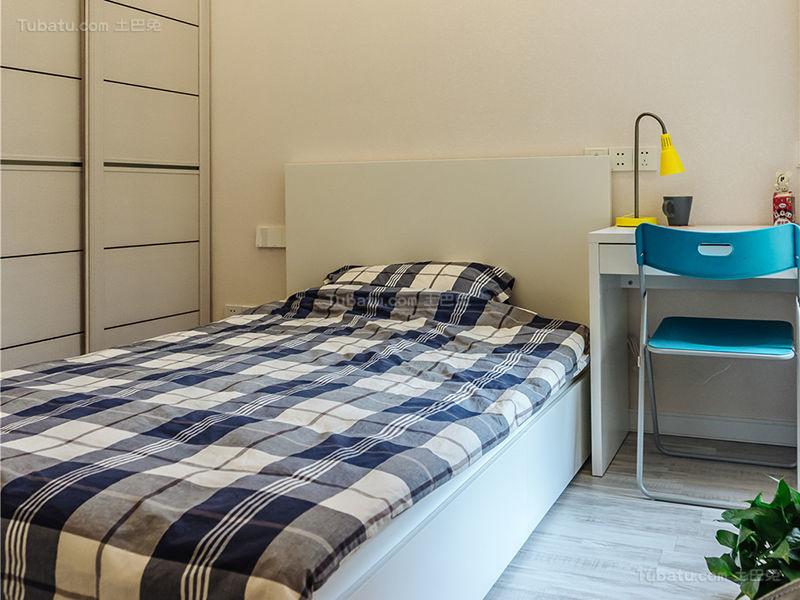 简约低调感小卧室效果图