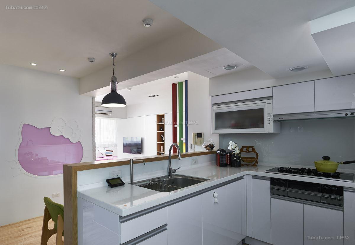 温馨简洁北欧风格厨房装修效果图