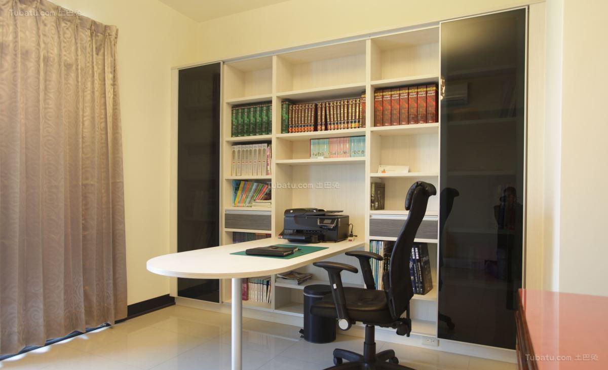 清新雅致的清爽书房装修效果图